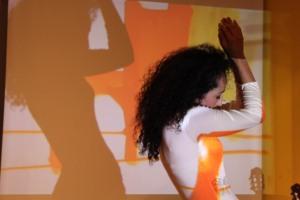 Linda Mameri. Tanzlehrerin. Tänzerin. Orientalischer Tanz / Bauchtanz in Hamburg. Foto: Eric Meyer