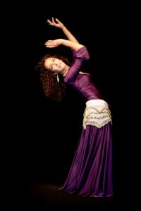 Linda Mameri. Tanzlehrerin. Tänzerin. Orientalischer Tanz / Bauchtanz in Hamburg. Foto: Christine Neumann
